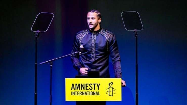 colin kaepernick, amnesty international, amnesty international award, ambassador of consciousness, colin kapernick award, black excellence